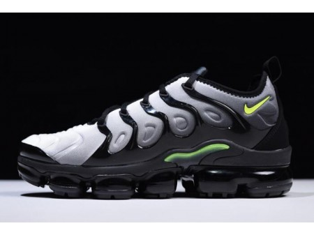 Nike Air VaporMax Plus Black/Volt-White 924453-009 Men-20