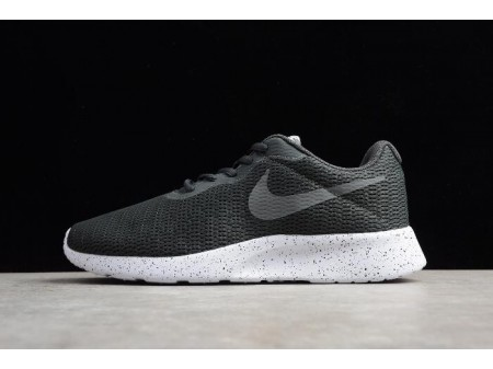 Nike Roshe Run One Black/Dark Grey/Wolves Ash AR1941-005 Men-20